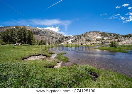 20 Lakes Basin Backpacking And Wilderness Hiking The California Eastern Sierra Nevada Mountains In T