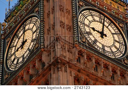 Looking Up At Big Ben Clockface During The Evening