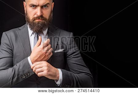Man Suit Fashion. Luxury Classic Suits, Vogue. Man In Classic Suit, Shirt And Tie. Rich Man Model