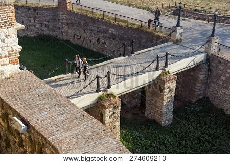 Belgrade, Serbia - November 10, 2018: Panoramic Sunset View Of Belgrade Fortress And Kalemegdan Park