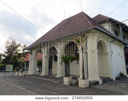 Yogyakarta, Indonesia - October 31, 2018: Museum Benteng Vredeburg Fort Vredeburg Museum Was A Forme