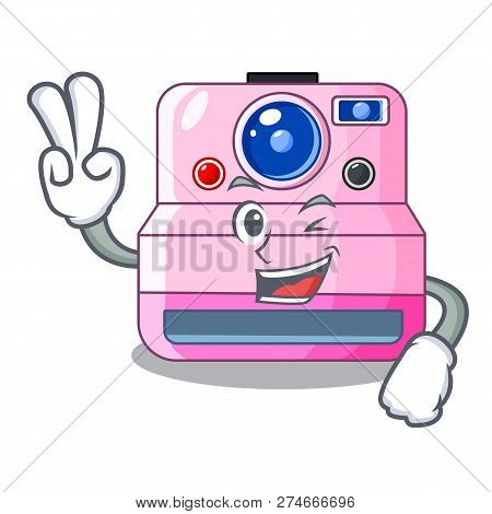 Two Finger Instant Camera With Revoke Cartoon Picture