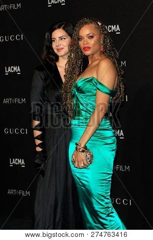 LOS ANGELES - NOV 3:  Lana Del Rey, Andra Day at the 2018 LACMA: Art and Film Gala at the Los Angeles County Musem of Art on November 3, 2018 in Los Angeles, CA