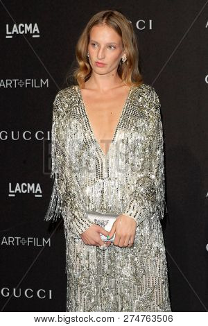 LOS ANGELES - NOV 3:  Petra Collins at the 2018 LACMA: Art and Film Gala at the Los Angeles County Musem of Art on November 3, 2018 in Los Angeles, CA
