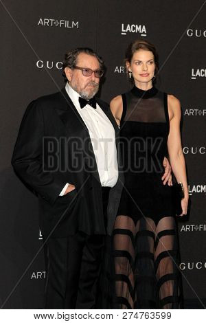 LOS ANGELES - NOV 3:  Julian Schnabel, Louise Kugelberg at the 2018 LACMA: Art and Film Gala at the Los Angeles County Musem of Art on November 3, 2018 in Los Angeles, CA