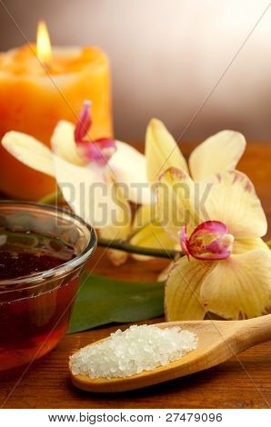 spa oil massage on bowl and bath salts