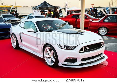 Dubai, Uae - November 15, 2018: American Muscle Car Ford Mustang Takes Part In The Annual Gulf Car F