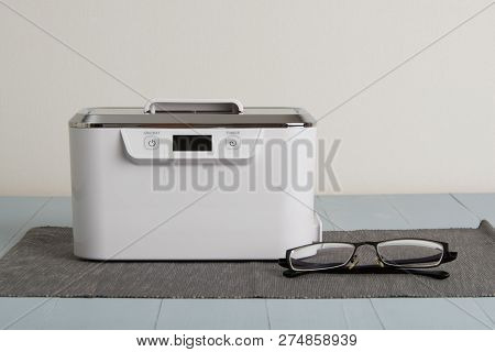 Ultrasonic Cleaning Machine With Digital Display And Touch Buttons