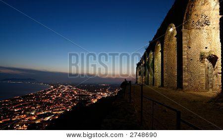 Italian Mount