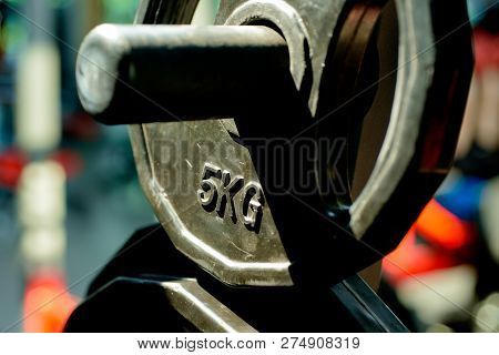 5kg Barbell Or Dumbell. Sport Training And Weightloss. Metal Barbell. Fit Your Body And Lose Weight.