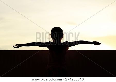 Silhouette Children Over Sunrise, Shadow Image Of Children In Happy Playing Feel Evening Time, Silho