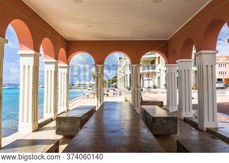 Kralendijk, Bonaire - January 27th, 2018: Interior Of The Plaza Machi Mimi At The Waterfront Of Kral
