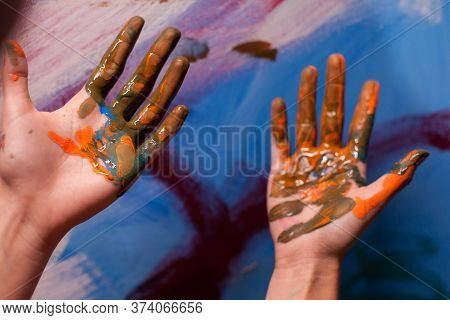 Close Up Of Artist Hands With Paint In Art Studio. Modern Artwork Paint On Canvas, Creative, Contemp