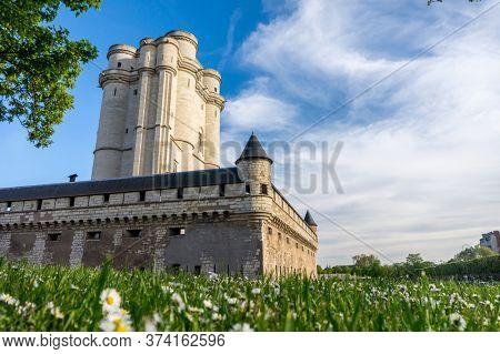 Ch?teau de Vincennes at Sunset, Paris, France. Translation - Vincennes Castle. French Royal Fortress Built in 14th Century.