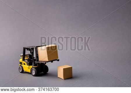 Photo Of Small Electric Professional Truck Bringing Delivering Stuff In Boxes Transportation Start-u