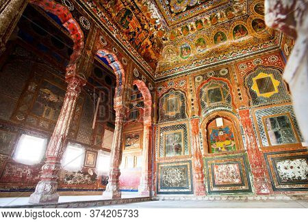 Mandawa, India: Interior Of Decorated Room With Old Frescoes, 18th Century Haveli House On February