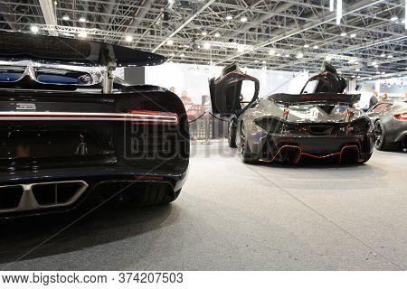 Dubai, Uae - November 16: The Bugatti Chiron And Mclaren P1 Sportscars Are On Dubai Motor Show 2019