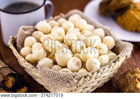 Basket With Crispy Manioc Flour Cookies. Brazilian Biscuit Called Polvilho Biscuit, Gum Or Wind Bisc