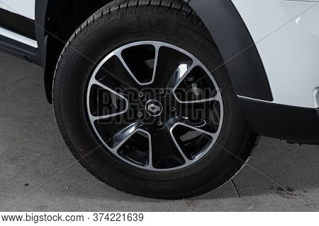 Novosibirsk/ Russia - June  23 2020: Renault Duster,  Car Wheel With Alloy Wheel And New Rubber On A