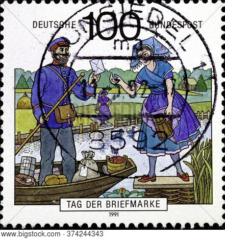 02 10 2020 Divnoe Stavropol Krai Russia Postage Stamp Germany 1991 The Day Of Stamps Postal Delivery