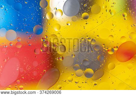 The Abstract Composition With Oil Drops In Water. The Abstract Composition With Oil Drops In Water.
