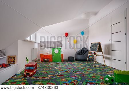 Child Room With Carpet Playmate
