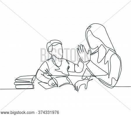 One Single Line Drawing Of Young Happy Mother Accompany Her Kid Studying And Reading A Book While Gi