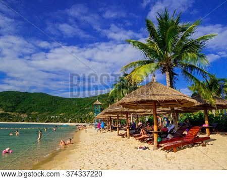 Nha Trang, Vietnam - December 23, 2019: View Of The Beach Of The Vinpearl Amusement Park On Hon Tre
