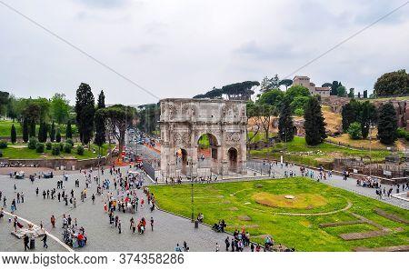 Arch Of Constantine (arco Di Constantino) Near Colloseum (coliseum), Rome, Italy - May 2018