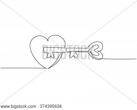 Single Continuous Line Drawing Of Pair Heart Shaped Key And Keyhole Fit On Puzzle Symbol. Romantic C