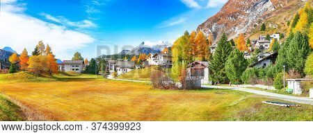 Awesome Autumn Scene In Maloja Village  On The Shore Of Sils Lake(silsersee). Location: Maloya, Enga