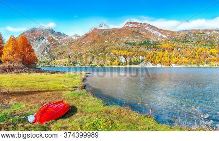 Picturesque Autumn Views Of Sils Lake (silsersee). Colorful Autumn Scene Of Swiss Alps. Location: Ma