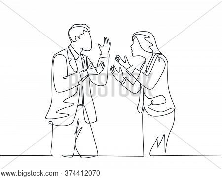Single Continuous Line Drawing Of Young Angry Businessman And Businesswoman Debating Business Projec