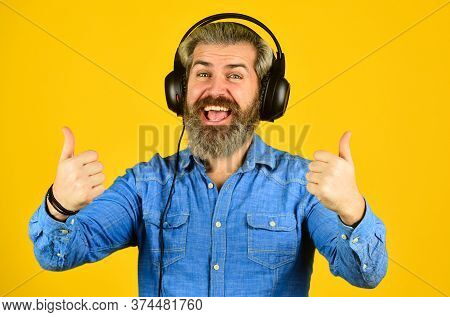 Dj Hipster. Excellent Music Playlist. Rhythm Concept. Noise Cancellation Function. Music Beat. Man B