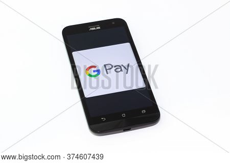 Kouvola, Finland - 23 January 2020: Google Pay App Logo On The Screen Of Smartphone Asus