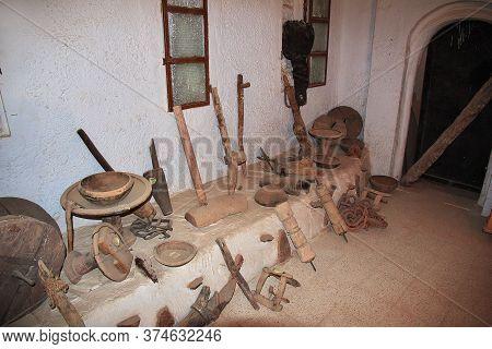 El Atteuf / Algeria - 02 Nov 2014: The Interior Of The Arab House In The Medina Of El Atteuf City, S