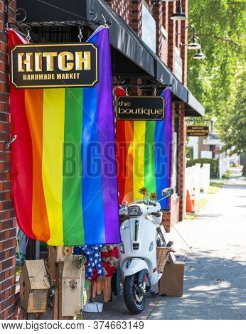 Babylon, New York, Usa - 28 June 2020: Hitch Handmade Market Decorated With Rainbow Flags On Main St