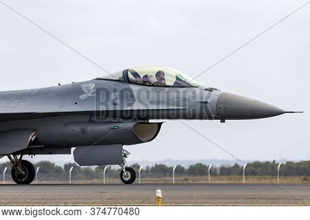 Avalon, Australia - February 26, 2015: United Staes Air Force (usaf) Lockheed F-16cj Taxiing At Aval