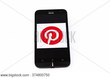 Kouvola, Finland - 23 January 2020: Pinterest App Logo On The Screen Of Smartphone Asus