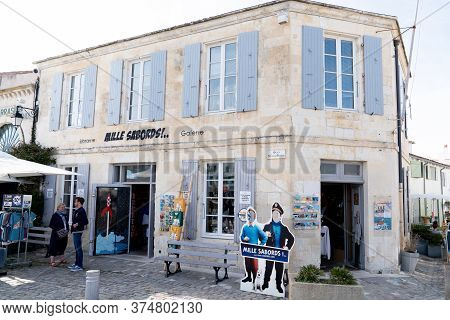 Saint Martin De Re, Charente / France - 05 02 2019 : The Only One Shop For Tintin In France In Isle