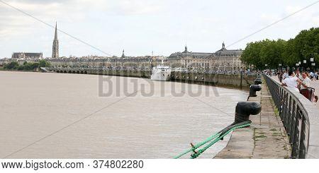 Bordeaux , Aquitaine / France - 11 07 2019 : Bordeaux Quay In Garonne River France
