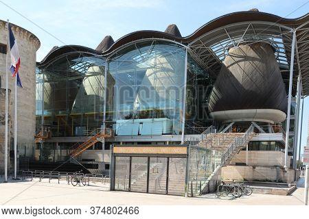 Bordeaux, Nouvelle Aquitaine / France - 09 02 2018 : Tribunal De Grande Instance In Bordeaux France
