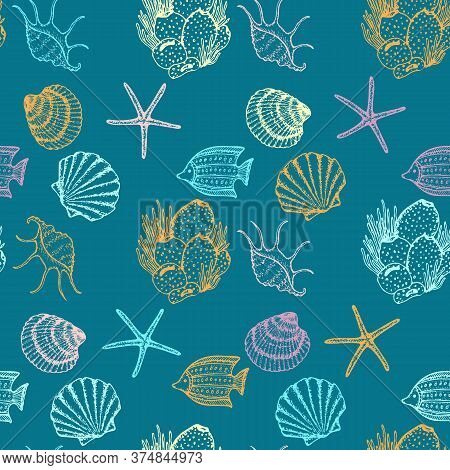 Sea Animals Sketched Seamless Pattern. Marine Life Creatures Hand Drawn Surface Pattern Design. Vect