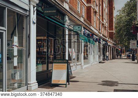 London, Uk - June 20, 2020: Row Of Shops On High Street Kensington, The Main Shopping Street In Kens