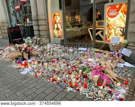 Strasbourg, France - Dec 12, 2018: Overhead View Of Tribute Place On Rue Des Grande Arcades In Centr