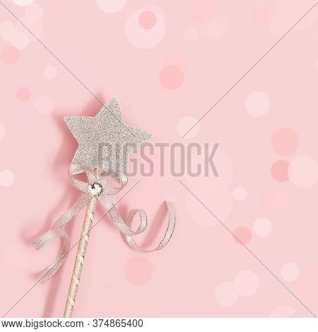 Glowing, Glittering Star On Pink Background With Bokeh. Magic Star, Fulfillment Of Wishes, Dreams. R