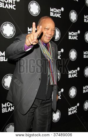 LOS ANGELES - OCT 2: Quincy Jones at the Montblanc 2012 Montblanc De La Culture Arts Gala honoring Quincy Jones at Chateau Marmont on October 2, 2012 in Los Angeles, California