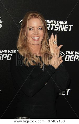 LOS ANGELES - OCT 30:  Jeanie Buss arrives at the Time Warner Sports Launch of TWC Sportsnet at TWC Sports Studios on October 30, 2012 in El Segundo, CA
