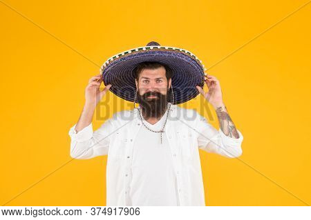 Summer Vibes. Mature Bearded Hipster In Sombrero. Summer Holiday And Vacation. Happy Mexican Man Wea