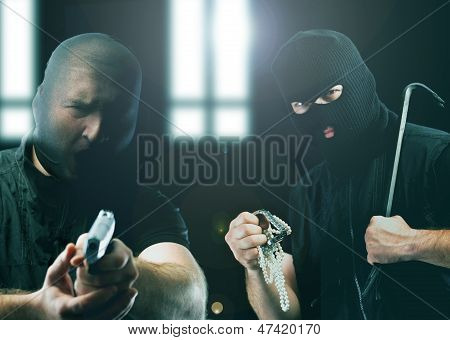 Masked Thieves